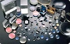 prisms, lenses, mirrors, filters etc
