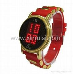 2013年新款触摸屏LED手表