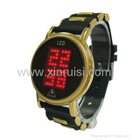 2013年新款触摸屏LED手表 2
