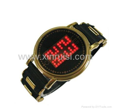 2013年新款触摸屏LED手表 5