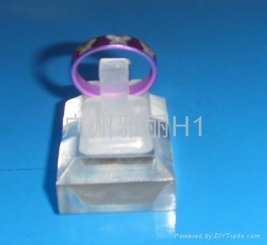 戒指夾 2