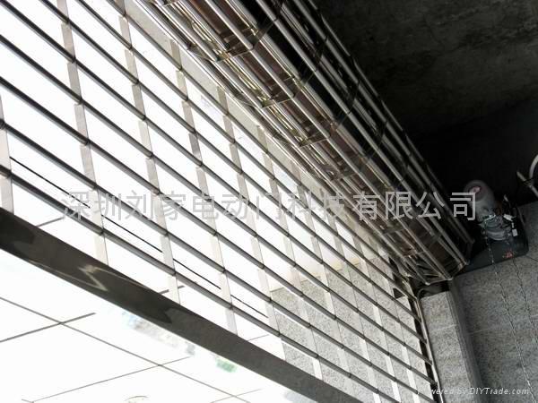 深圳不锈钢通花卷闸门 1