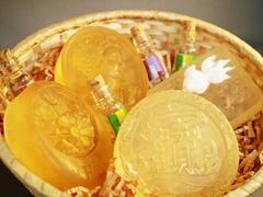 牛樟樹能量精油琉璃手工皂