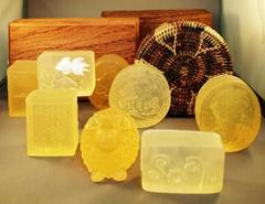 牛樟,桧木能量精油琉璃手工皂