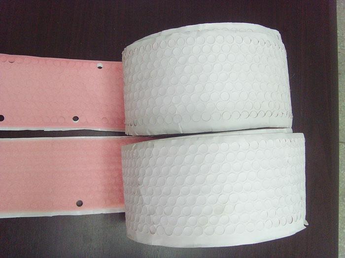 背膠沖型魔朮貼、粘扣帶、電線綁帶 2