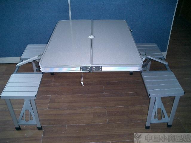 折疊桌椅 2
