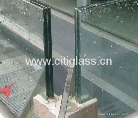 Laminated Glass 1