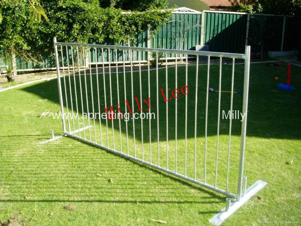 Portable Security Fencing : Swimming pool fence portable fencing safety event