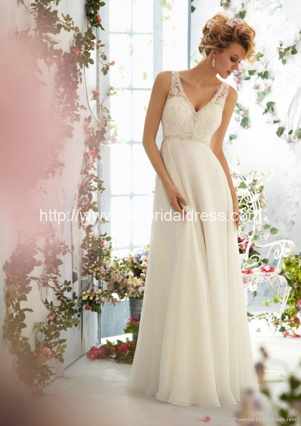 Wedding dresses for pregnant rental 6