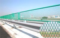 供应铁路护栏网,公路护栏网,体育围网