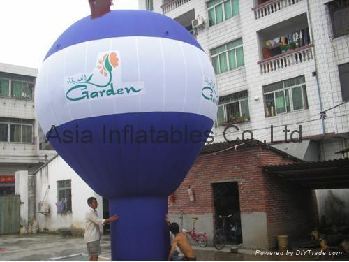 Inflatable balloons with customized business logo printed on the street/shopping