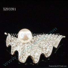 pearl brooch pearl jewelry