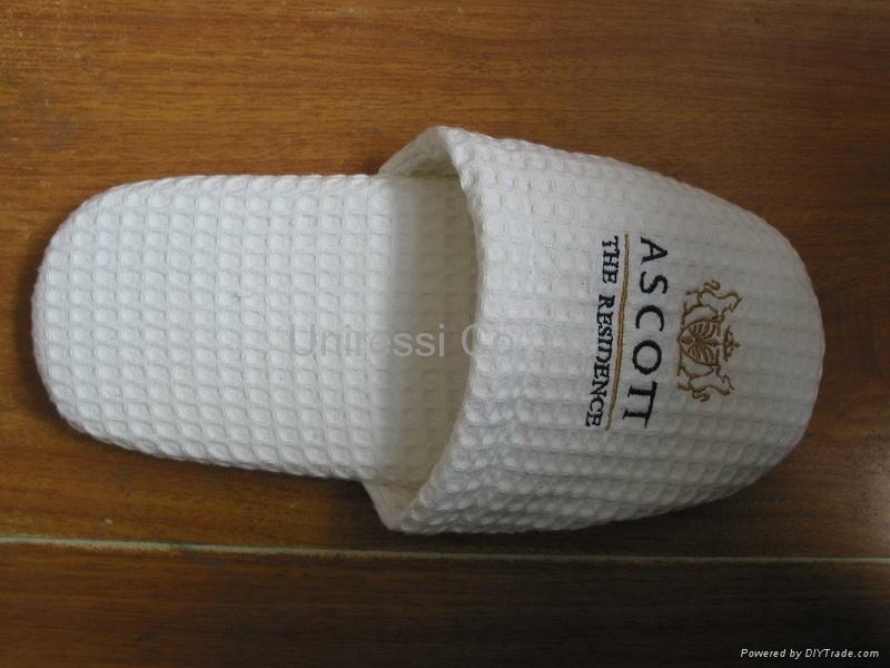 disposable slipper 1