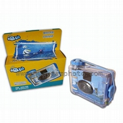 disposable underwater camera with colourful film