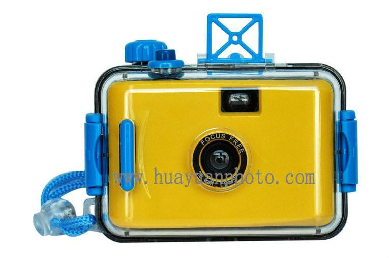 reusable underwater camera without flash 4