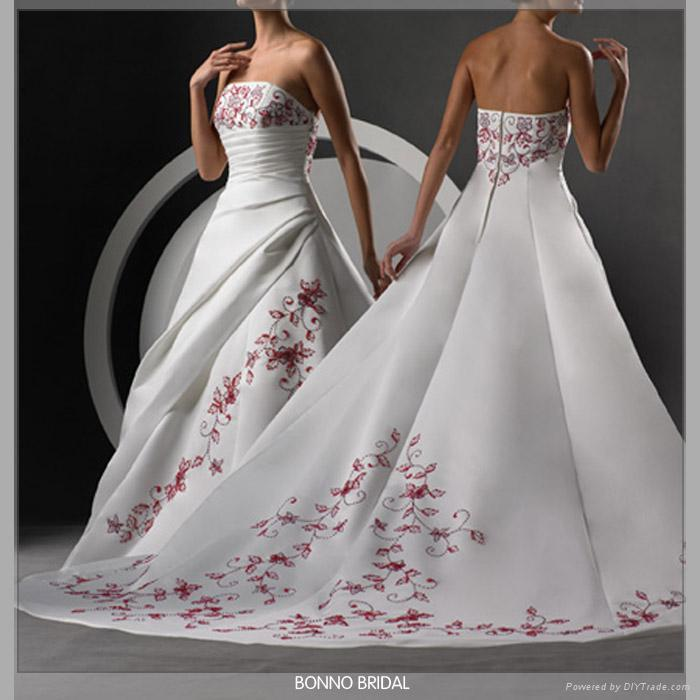 Dignified Bridal Wedding Dress With High-Quality Satin 5