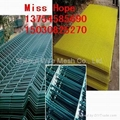 galvanzied and pvc welded wire mesh panel factory