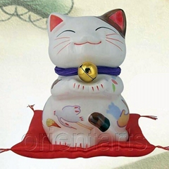 Hand Painting Porcelain Lucky Cat on Red Bag for Feng Shui