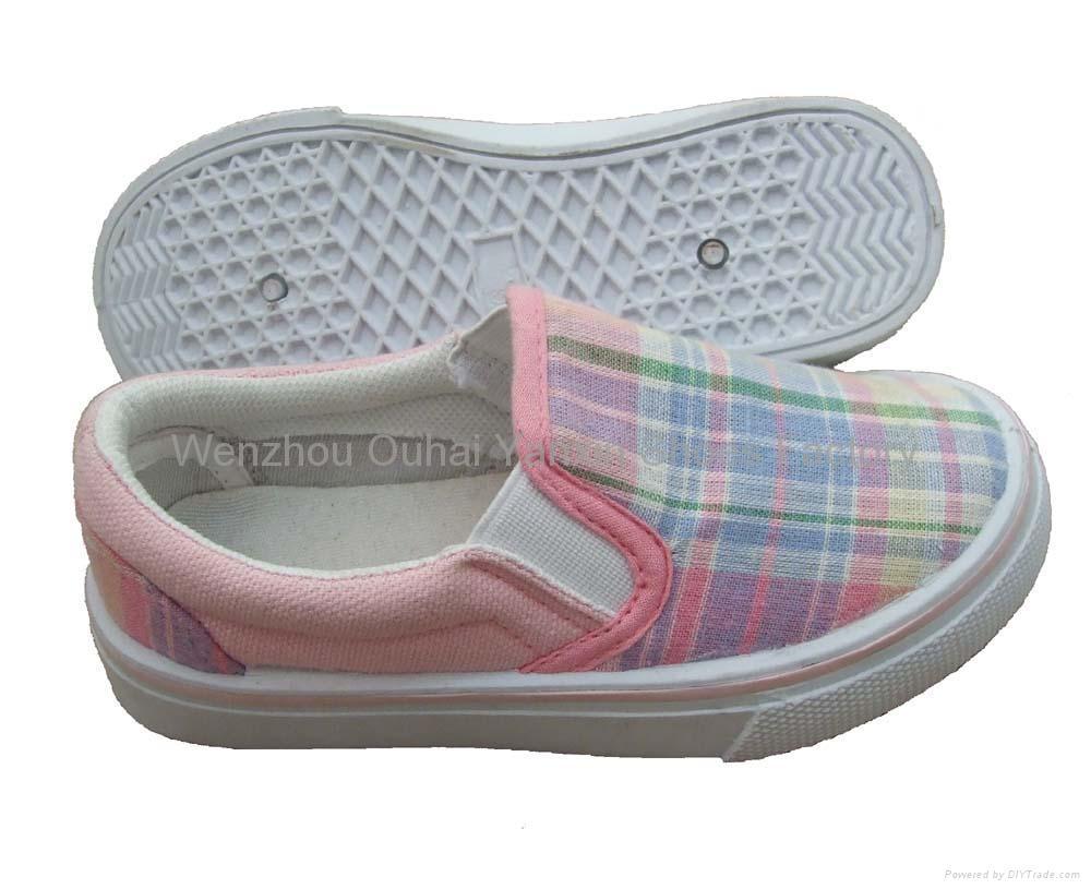 Canvas shoes(children's injection shoes,cloth shoes,casual shoes,kids