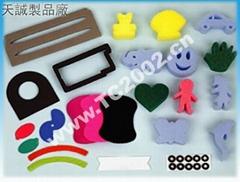 西安海棉制品,彩色海棉公仔,彩色海棉沖型,高壓縮海棉