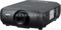 三洋PLC-XF48高亮度投影機