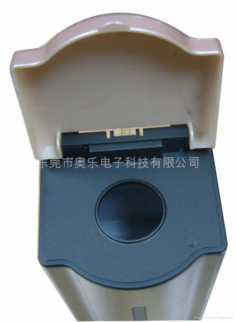 開發接觸式電動給皂液機 4