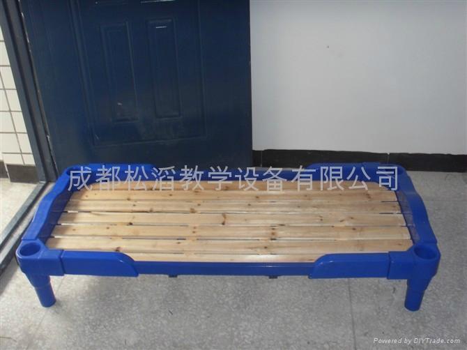 成都幼儿园塑料重叠床价格