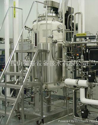 结构特征: 采用单层,双层,三层不锈钢结构,依据用户的要求设计搅拌