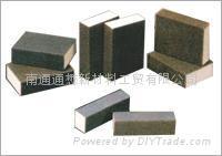 Abrasive sponges