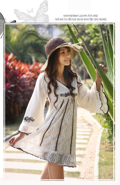 Korean Style Hollow-out Knitting Lace Dress 3