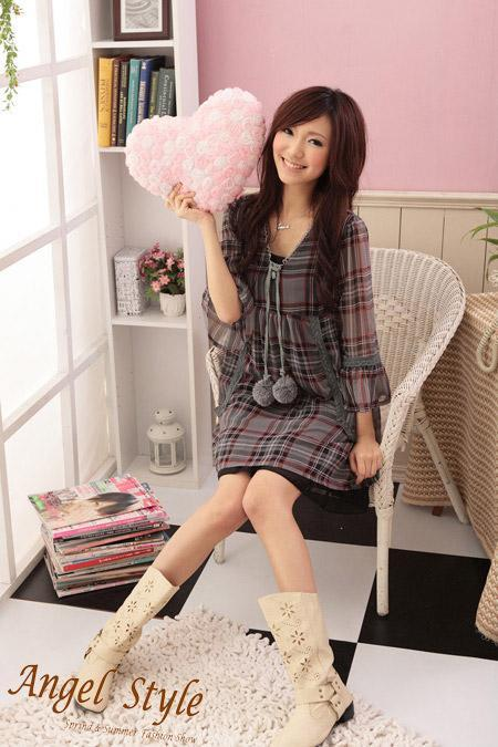 Korean Style Knitted Flower Sleeve Checked Chiffon Dress 2