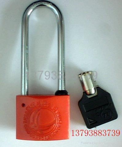塑鋼表箱鎖 1