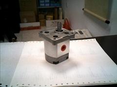 供应台湾HYDROMAX齿轮泵