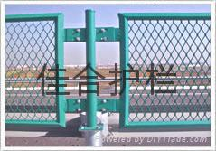 钢格板护栏网