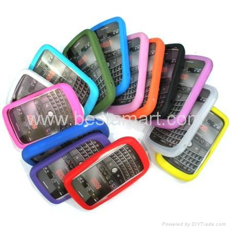 Silicone Silicon Case for Blackberry Curve 8300 8900 Gemini 8520 Bold 9000 9700