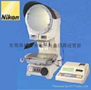 V-12BDC投影机 1