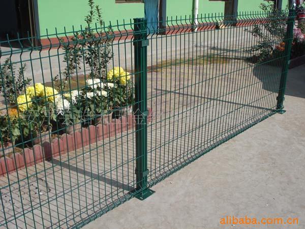 wire garden fence  1