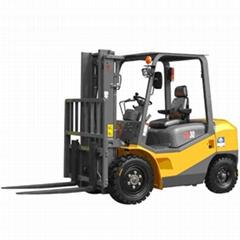 国产2-5T平衡重式柴油车