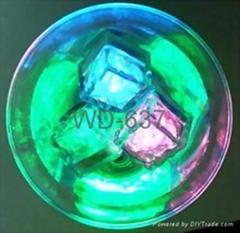 Flashing ice cube