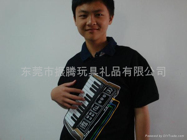 电子钢琴音乐T恤 2