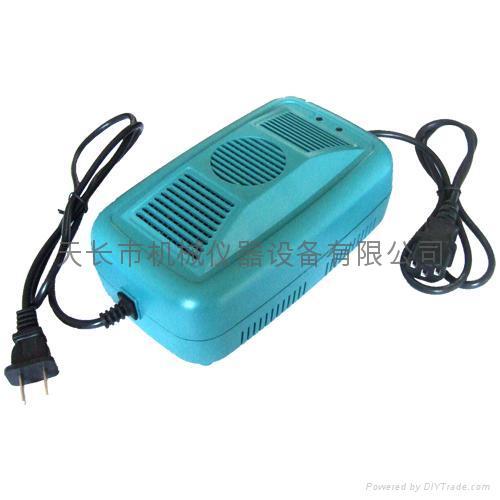 電動車充電器 1