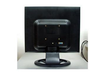17英吋寬屏液晶顯示器 2