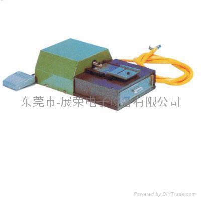 ZR-102氣動式零件成型機(元件成型) 1