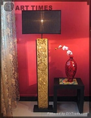 floor lamp w/blooming flower