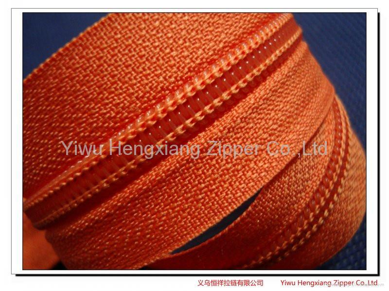 Nylon zipper 3