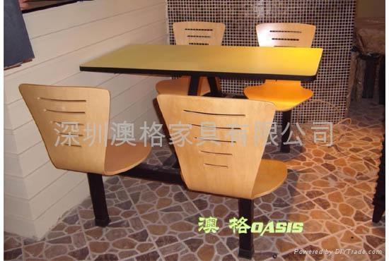快餐廳桌椅 3