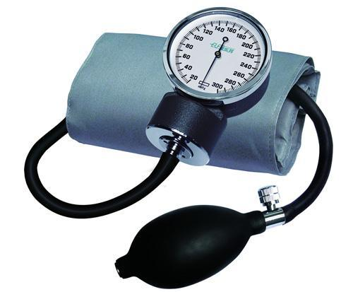 Sphygmomanometer with self read display  and no control over cuff pressure