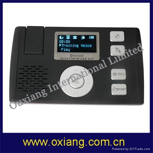Bluetooth  handsfree car kit with solar charging 1