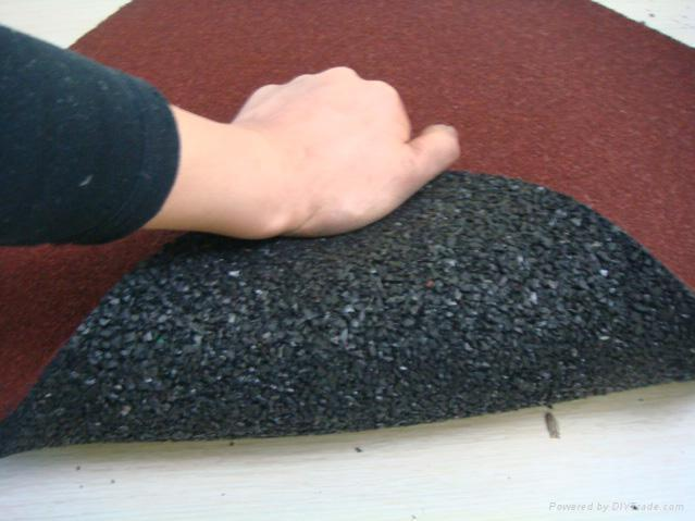 rubber playground safety surface