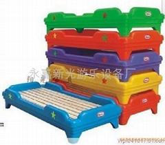 H2型塑料木板儿童床/幼儿園床